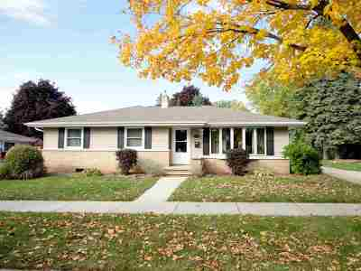 Appleton WI Single Family Home For Sale: $164,900