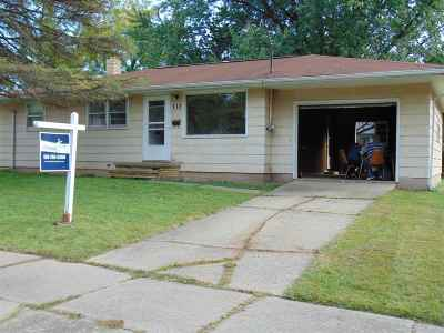 Kaukauna Single Family Home For Sale: 713 W 9th