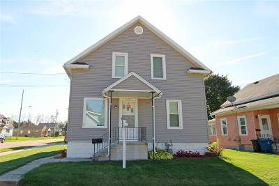 Oshkosh Single Family Home For Sale: 1057 W 10th