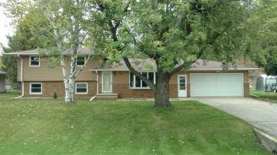 Menasha Single Family Home For Sale: 1307 Fatima