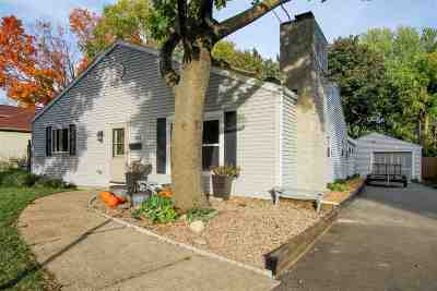 Neenah Single Family Home For Sale: 808 S Park