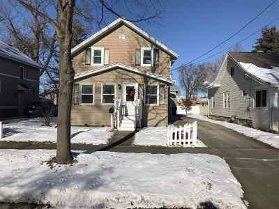 Appleton Single Family Home For Sale: 726 W Summer