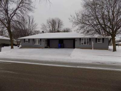Kaukauna Multi Family Home For Sale: 1221 Haen
