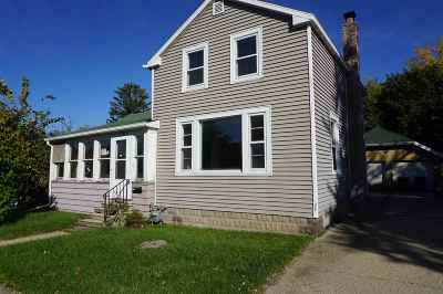 Oshkosh WI Single Family Home For Sale: $54,900