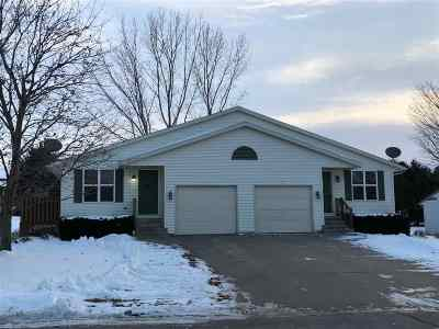 Luxemburg Multi Family Home For Sale: 311 Pine
