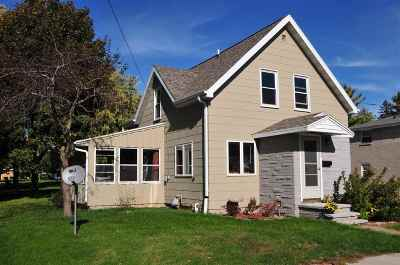 Little Chute Single Family Home For Sale: 1124 Garfield