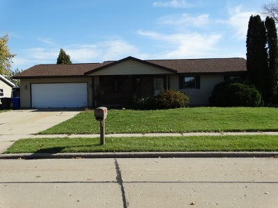 Kaukauna Single Family Home For Sale: 2808 Main