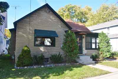 Kaukauna Single Family Home For Sale: 605 Desnoyer
