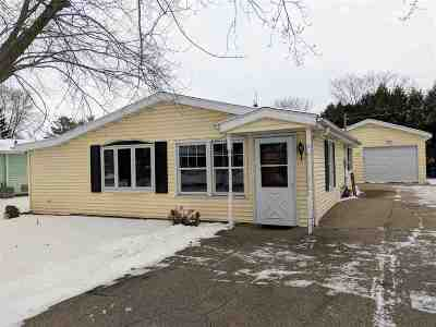 Winneconne Single Family Home Active-Offer No Bump: 515 N 9th