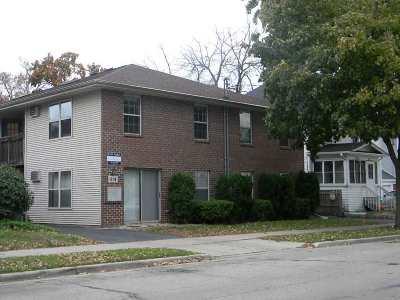 Oshkosh Multi Family Home For Sale: 614 Scott