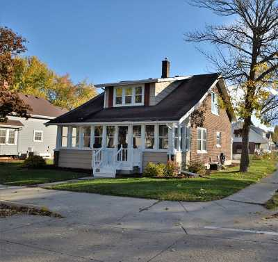 Little Chute WI Single Family Home For Sale: $129,900