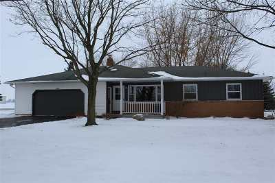 Kaukauna Single Family Home For Sale: N9303 Hwy 55