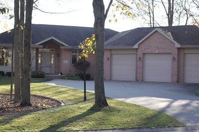 Appleton Single Family Home For Sale: W5933 Moonflower