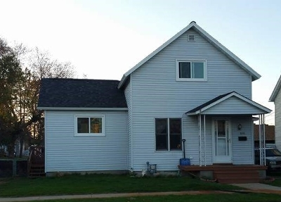 Marinette Single Family Home For Sale: 1868 Wisconsin