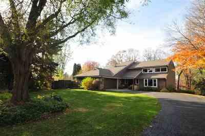 Appleton Single Family Home For Sale: 23 Crestview