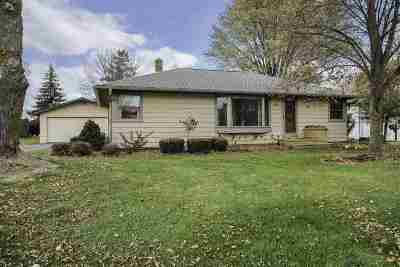 Sherwood Single Family Home For Sale: N425 Meehl
