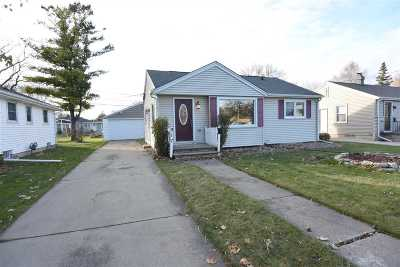 Neenah Single Family Home For Sale: 917 Gail