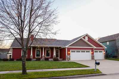 Oshkosh Single Family Home For Sale: 3051 Mockingbird