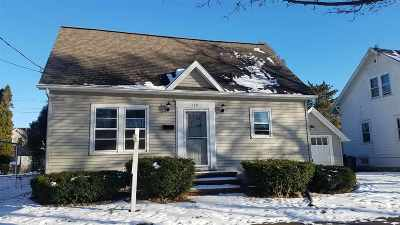 Appleton Single Family Home For Sale: 210 S Summit