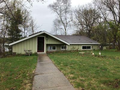 Single Family Home For Sale: N5731 Gurholt Lake