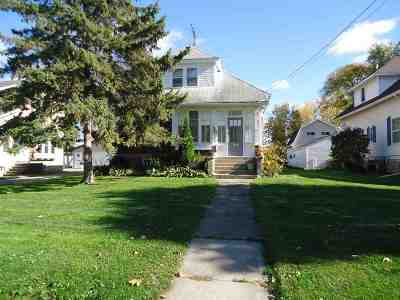 Seymour Single Family Home For Sale: 534 N Main