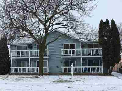 Neenah Condo/Townhouse For Sale: 311 Harrison #1