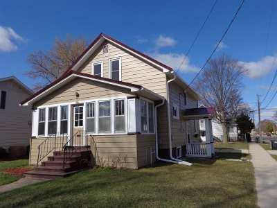 Shawano Single Family Home For Sale: 501 S Union