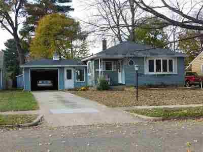Shawano Single Family Home For Sale: 1035 S Andrews