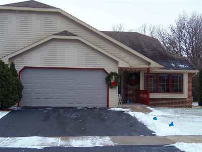 Oshkosh Condo/Townhouse For Sale: 3342 Isaac