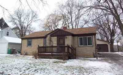 Single Family Home For Sale: 1112 Goodell