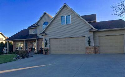 Appleton Single Family Home For Sale: 2853 W Warner Estates