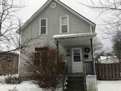 Marinette Single Family Home For Sale: 1415 Logan