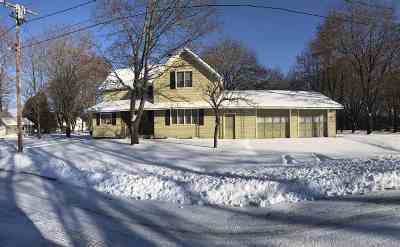 Oconto Falls WI Single Family Home For Sale: $74,900