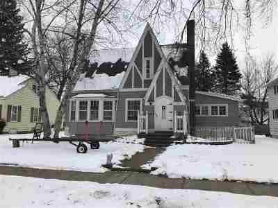 Shawano Single Family Home For Sale: 134 S Lafayette