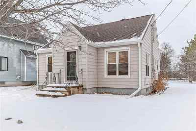 Green Bay Single Family Home For Sale: 708 Maywood