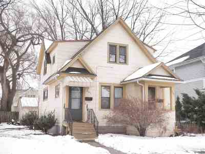 Green Bay Multi Family Home For Sale: 225 S Maple
