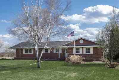 Oshkosh Single Family Home Active-Offer No Bump-Show: 4507 Hwy E