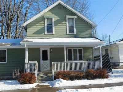 Kaukauna Single Family Home Active-Offer No Bump: 1514 Main