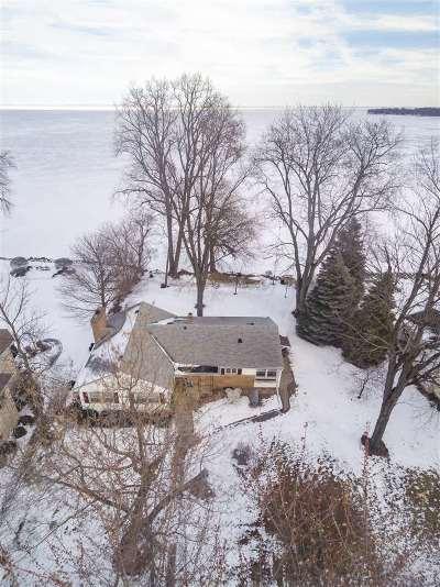 Oshkosh Single Family Home Active-Offer No Bump: 4744 Bay View