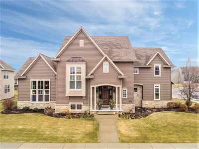 Appleton Single Family Home For Sale: 3316 S Solitude