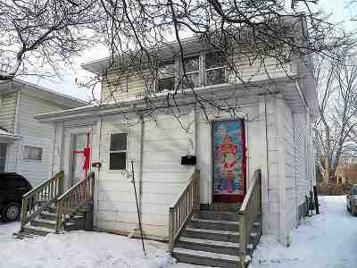 Green Bay Multi Family Home For Sale: 804 S Ashland