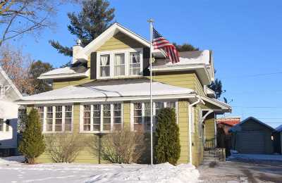 Shawano Single Family Home For Sale: 132 S Franklin