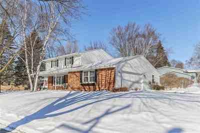 Green Bay Single Family Home For Sale: 2359 Sunrise