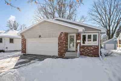 Green Bay Single Family Home For Sale: 1179 Reed