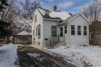 Green Bay Single Family Home For Sale: 707 N Henry