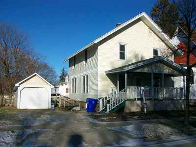 Appleton Single Family Home Active-No Offer: 710 W Winnebago