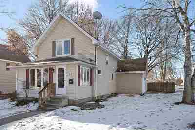 Oconto Falls Single Family Home For Sale: 261 N Adams