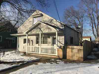 Menasha Single Family Home Active-Offer No Bump: 344 Grandview