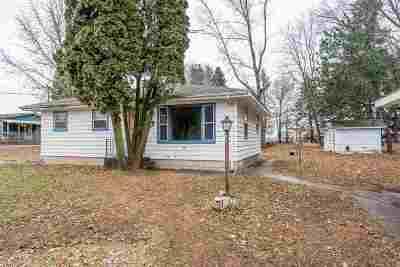Winneconne Single Family Home For Sale: 6777 Wentzel Shore