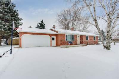 Single Family Home For Sale: 8 Seneca